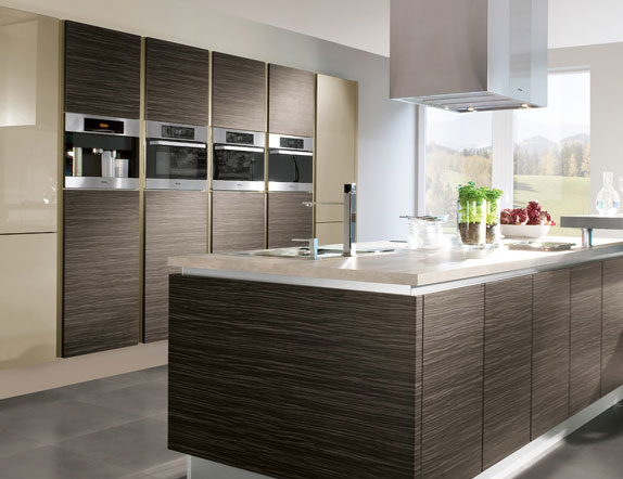 Contemporary nottingham interiors for Modern traditional kitchen cabinets